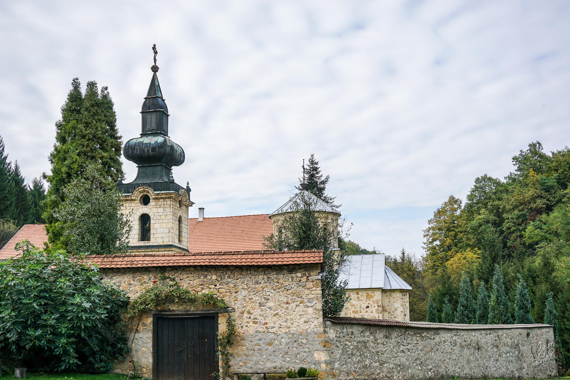 Manastir Tronoša...